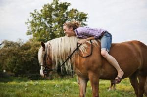 andando a cavalo - equoterapia